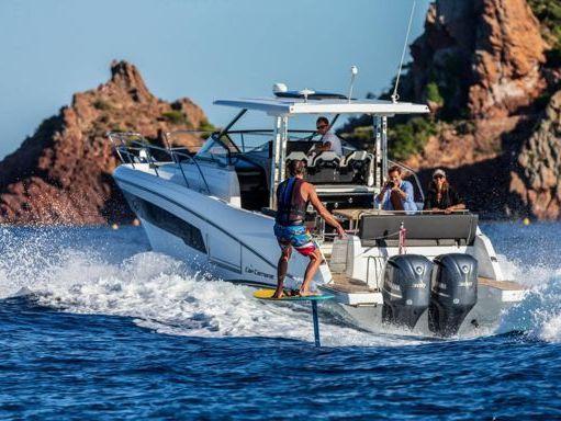Motorboat Jeanneau Cap Camarat 10.5 WA · 2021 (2)