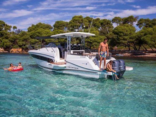 Motorboat Jeanneau Cap Camarat 10.5 WA · 2021 (1)