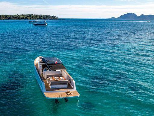 Motorboat Pardo 38 · 2019 (refit 2019) (1)