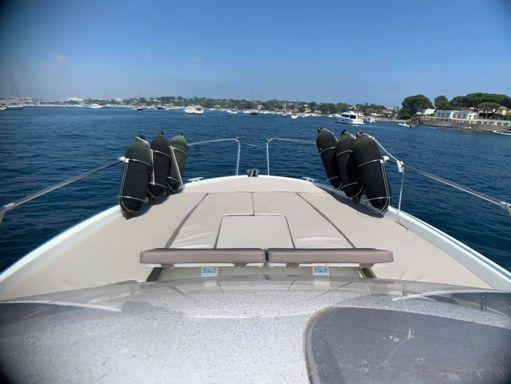Motorboat Jeanneau Cap Camarat 8.5 WA · 2017 (refit 2017) (4)