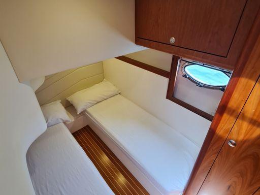Motorboat Mano Marine 38.5 · 2012 (refit 2021) (2)