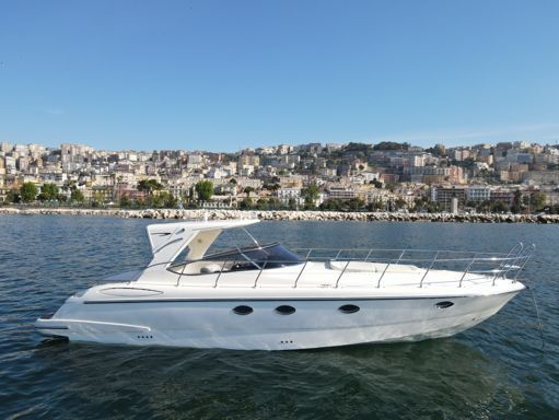 Motorboat Mano Marine 38.5 · 2012 (refit 2021) (0)