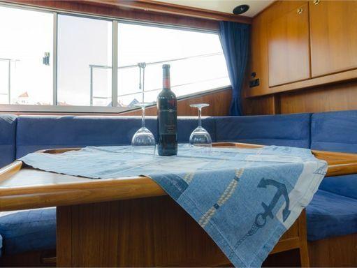 Houseboat Renal 36 · 2010 (4)