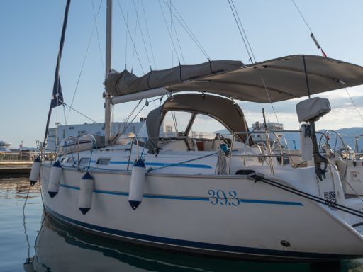 Sailboat Beneteau Cyclades 39.3 · 2006 (1)